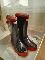 New Girls Hatley Rainboot Size 2