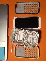 iIphone 5c complet déverrouillé avec deux couverture apple