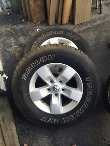 4 ram 1500 wheels and tires for sale 1000$ Obo