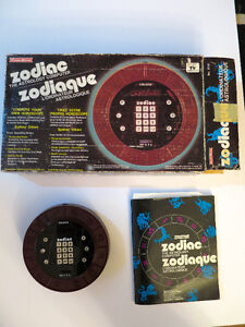 Vintage 1979 electronic Zodiac fortune teller with box & manual