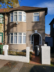 4 Bed House in London, E10 available now.