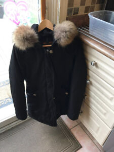 Women's Woolrich Down Coat Parka with real fur Trim LIKE NEW