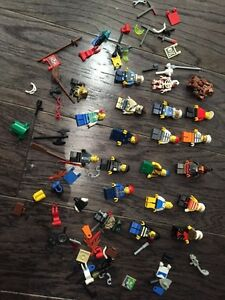 Lot of 20lego mini figures, lot 1 of 5