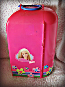 BARBIE ~ DOLL CASE & ROOM (HOLDS 1 DOLL) Kitchener / Waterloo Kitchener Area image 1