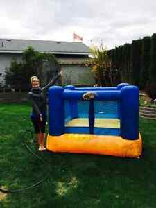 Toddler bouncy house