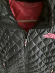 NORTH FACE LADIES THERMABALL JACKET