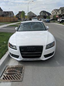 SUPER RARE A5 3.2 v6 STICK IN MINT CONDITION AND LOW KMS