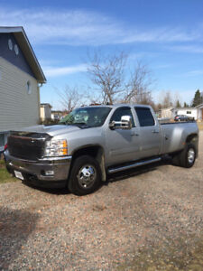 2011 Chevrolet C/K Pickup 3500 LTZ Deisel Dually