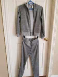 Gap tracking suit - size xs