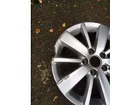 Volkswagen Golf 16inch alloy needs refurbishment