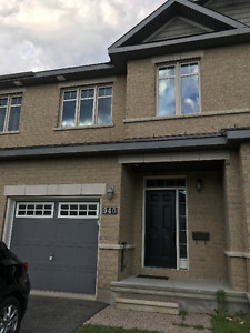 Town home for Rent Barrhaven ,Ottawa OH on SAT at 3:30 pm