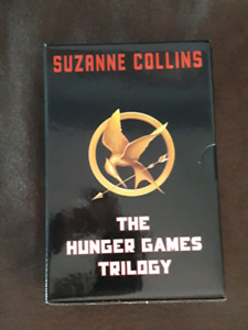 THE HUNGER GAMES TRILOGY IN A NICE BOX SET