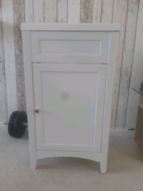 Cloakroom small basin and unit SOLD