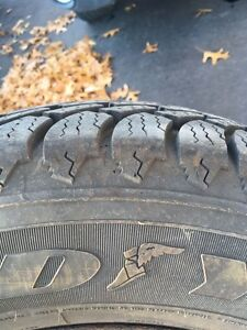 "215/70R15 Goodyear winter tires 10/32"" thread *NEW* on rims West Island Greater Montréal image 2"