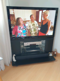 Panasonic 42in tv with integrated stand