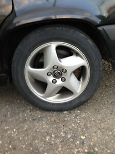 Great Condition Volvo Rims-good summer rubber