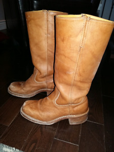 Beautiful Frye tan leather boots. s.7
