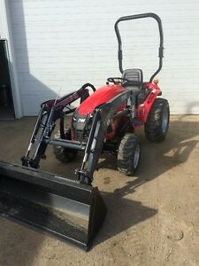 TYM T234HST Subcompact tractor Quick attach bucket