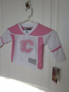 CALGARY FLAMES PINK JERSEY London Ontario image 1