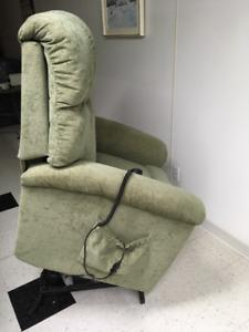 fauteuil auto souleveur   auto levant  type  la-z-boy