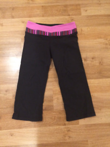 Lululemon Crop Pants- Black with Pink Waist Band- Excellent Cond