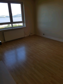 3 bedroom room upper quarter to rent in port Glasgow