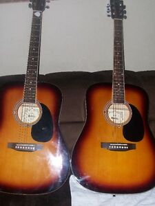 2 acoustic guitards for 160$