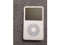 Apple iPod classic 5th generation white (30GB)