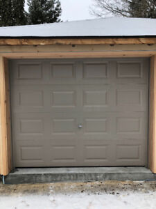 Garage door, like new for sale, incl all hardware for install
