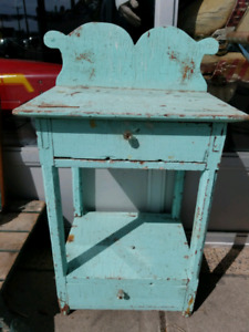 Antique chippy painted washstand