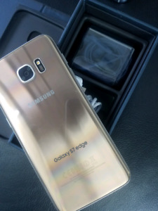 Gold Samsung galaxy s7 edge,32gb in excellent condition.