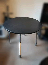Cat Scratcher Modified Table and Chairs