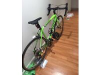 SPECIALISED ALLEZ SPORT 2015 ROAD BIKE - GREAT CONDITION