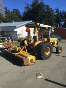 1982 Ford 530 with 8' Flail Mower