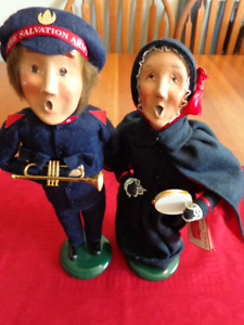 VINTAGE Salvation Army Dolls: 'The Carolers'     Very Unique!