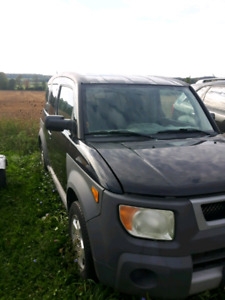 2004 HONDA ELEMENT - FOR PARTS OR REPAIR  - AS-IS
