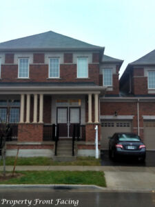 Upgraded Townhouse for Lease in North Oakville 3 bed 4 Bah