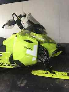 2015 Freeride 154 LOW MILES!!
