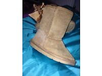 Little girl boots TU size 8