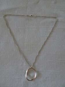 Sterling 925 box Chain with pendant.