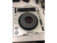 Pioneer CDJ-800 mk2 single MP3 CD deck