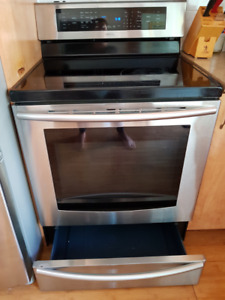 SAMSUNG STAINLESS INDUCTION STOVE CONVECTION OVEN - POELE  FOUR