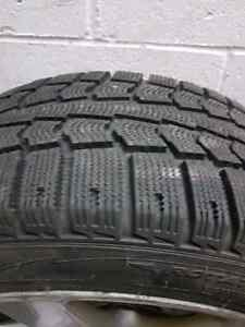 PIRELLI WINTER TIRES WITH MAGS FOR BMW e46 series 3 West Island Greater Montréal image 3