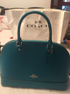Authentic Coach Purse with matching wallet - NEVER USED