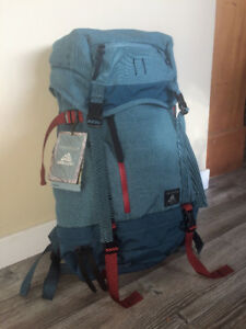 Brand New 31 liter Gregory Boone Backpack