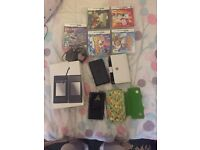2 Nintendo DS very good condition come with two cases and five games