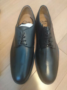 New Clarks Leather Dress Shoes US Size 9