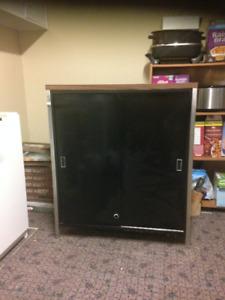 Black metal Cabinet, good condition