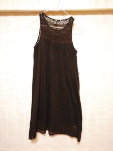 H&M summer black dress with lace