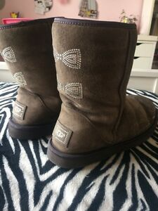 Authentic Uggs size 9 London Ontario image 1